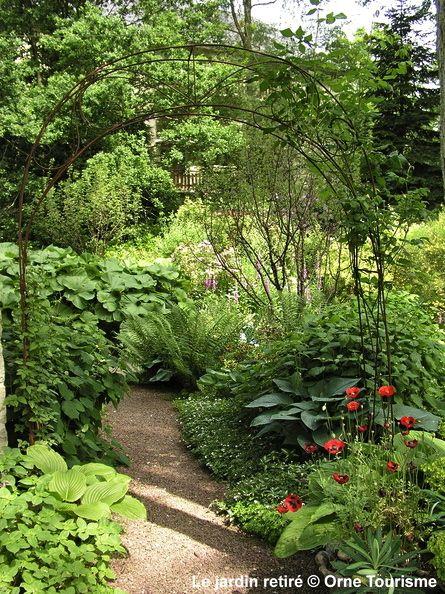 le jardin retir n de l 39 imagination d 39 annie blanchais le jardin retir est un lieu intime et. Black Bedroom Furniture Sets. Home Design Ideas
