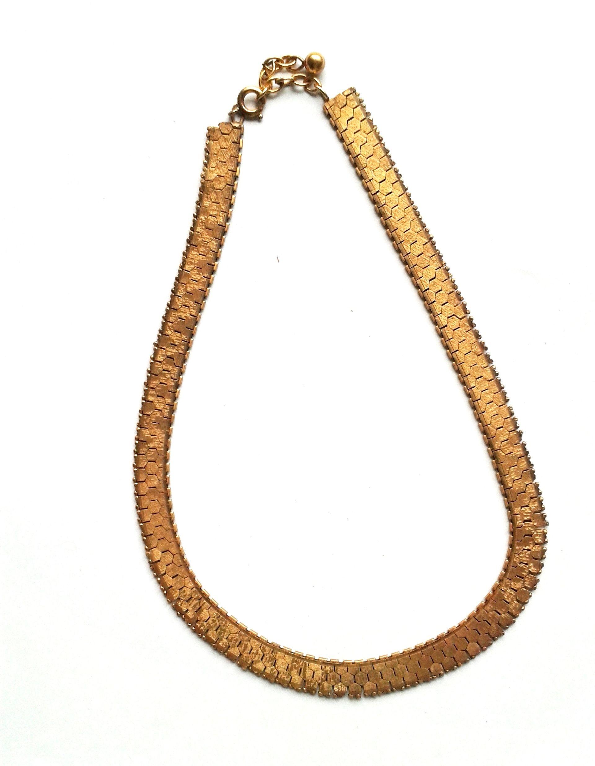 RHK1018 - Halskette Für Sie gefunden: Herrliches Collier - Original Modeschmuck der 70ziger Jahre,  Wabenmuster  gold farben