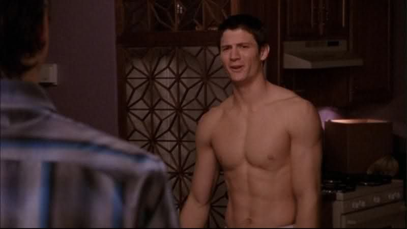 These 17 dumb One Tree Hill moments prove it was just one big joke