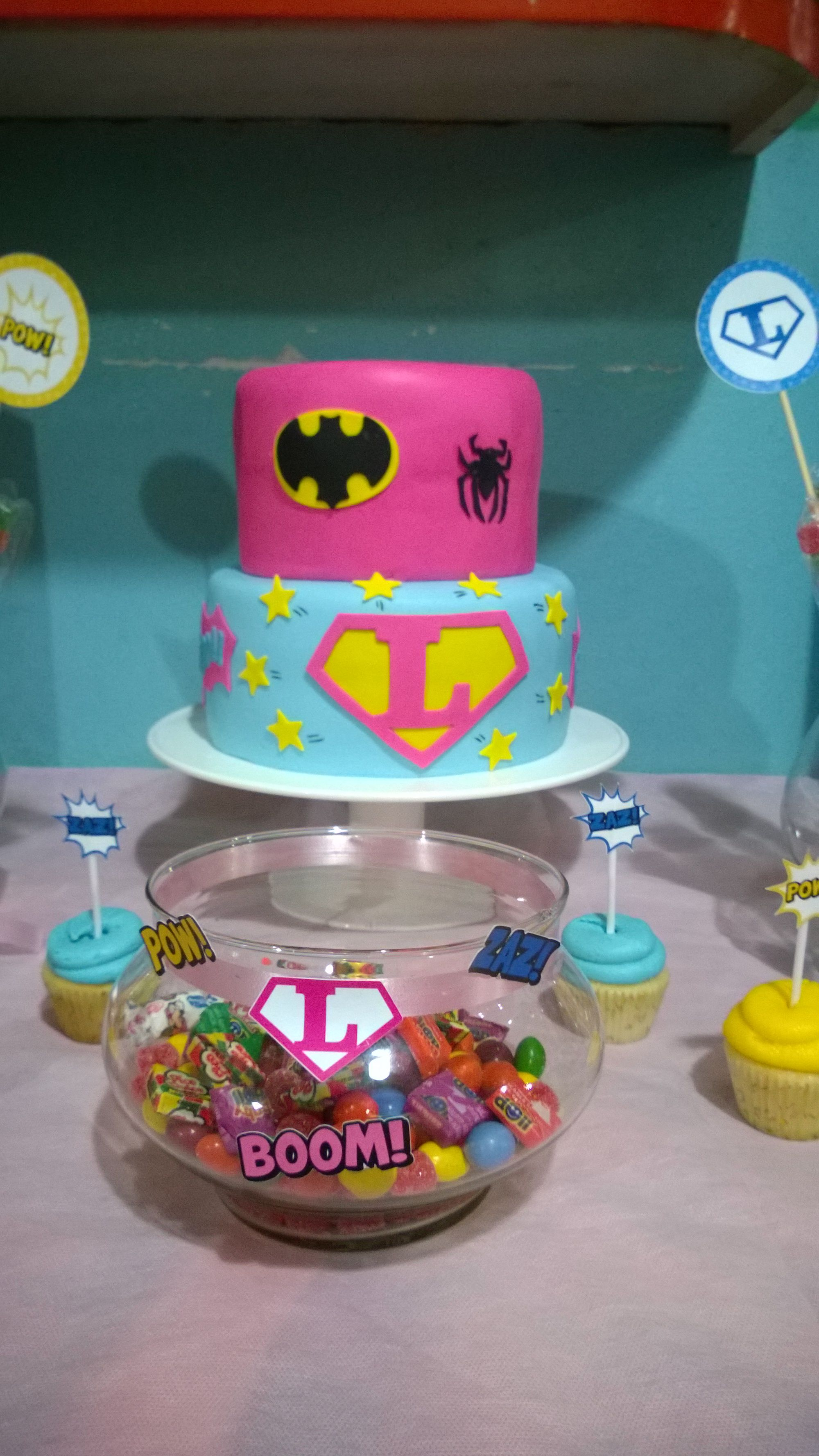 Cumple de Luli. Temática: Super Heroína. #SuperheroParty #SuperheroBirthday #SuperheroCake