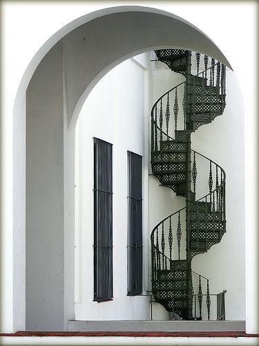 Staircase by Vince Alongi, via Flickr