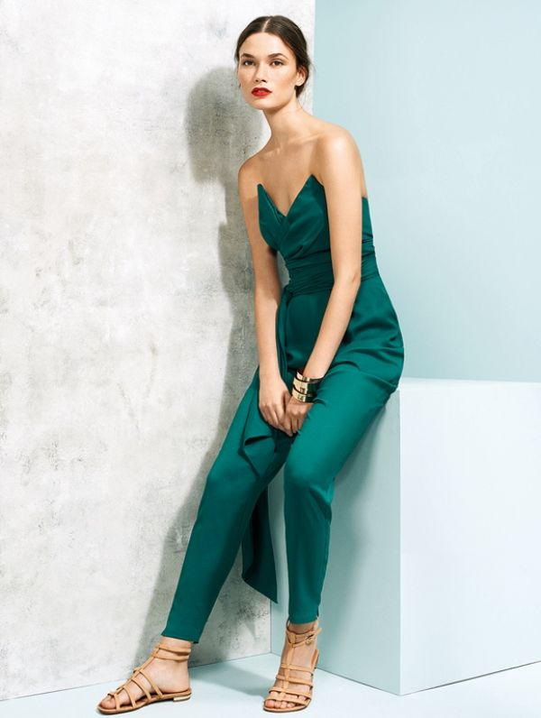 94fdf06ca3 The Hottest Wedding Trend  25 Stylish Bridesmaids Jumpsuits