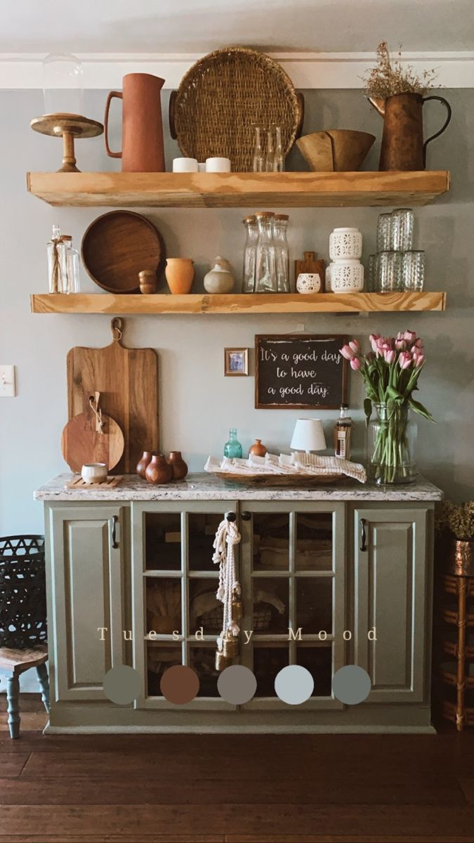 Kitchen styled floating shelves! • • • #homedecor #kitchen #homedesign #wilmingtonnc #northcarolina #designinspiration #crappyiphonepicsaremyjam #homesweethome #mycozyhome #styled #mysouthernliving #ighome #instadesign #sodomino #howwedwell #designtrends #currentdesignsituation #modernboho #bohostyle
