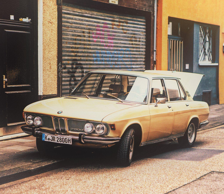 Nice BMW 2800 photoshoot in Köln 2013.   - by Hans Schumacher