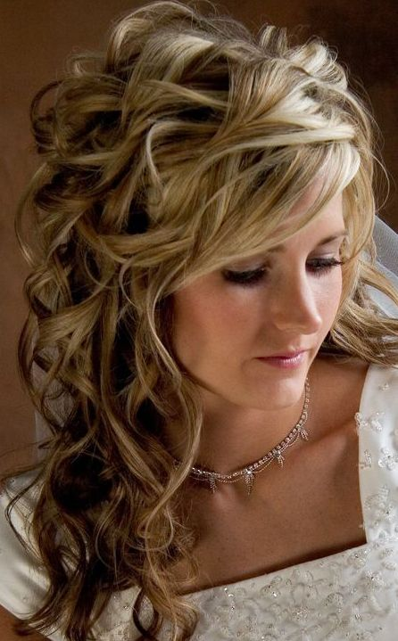 Hairstyles For A Wedding Guest With Medium Length Hair : Wedding hairstyles half up down with tiara urban hair co