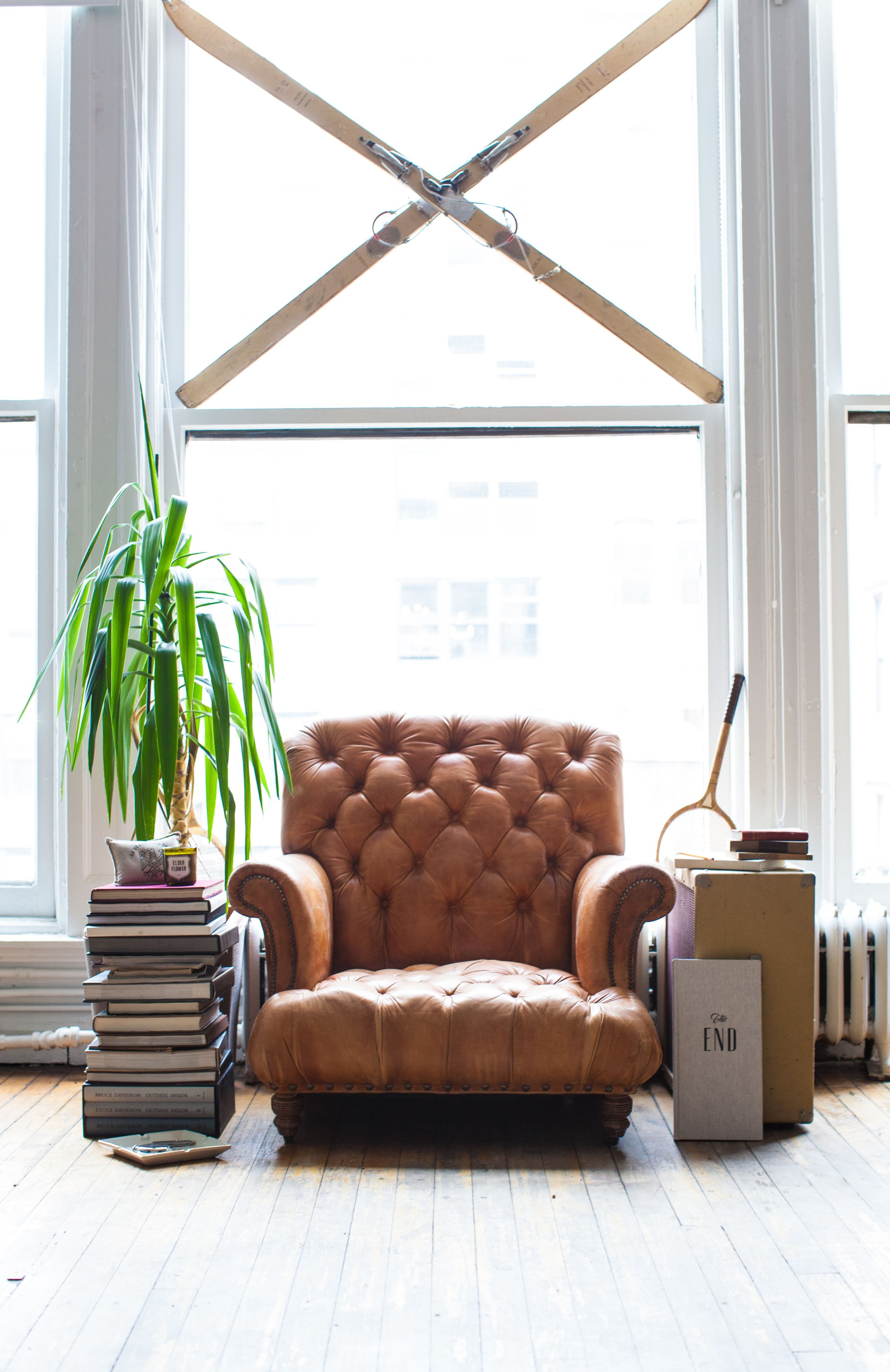 welt simple designs loose the rolled pin reading a birch details arms and chair clean lounge chaise defines pillow lane comfy with design back newton deep