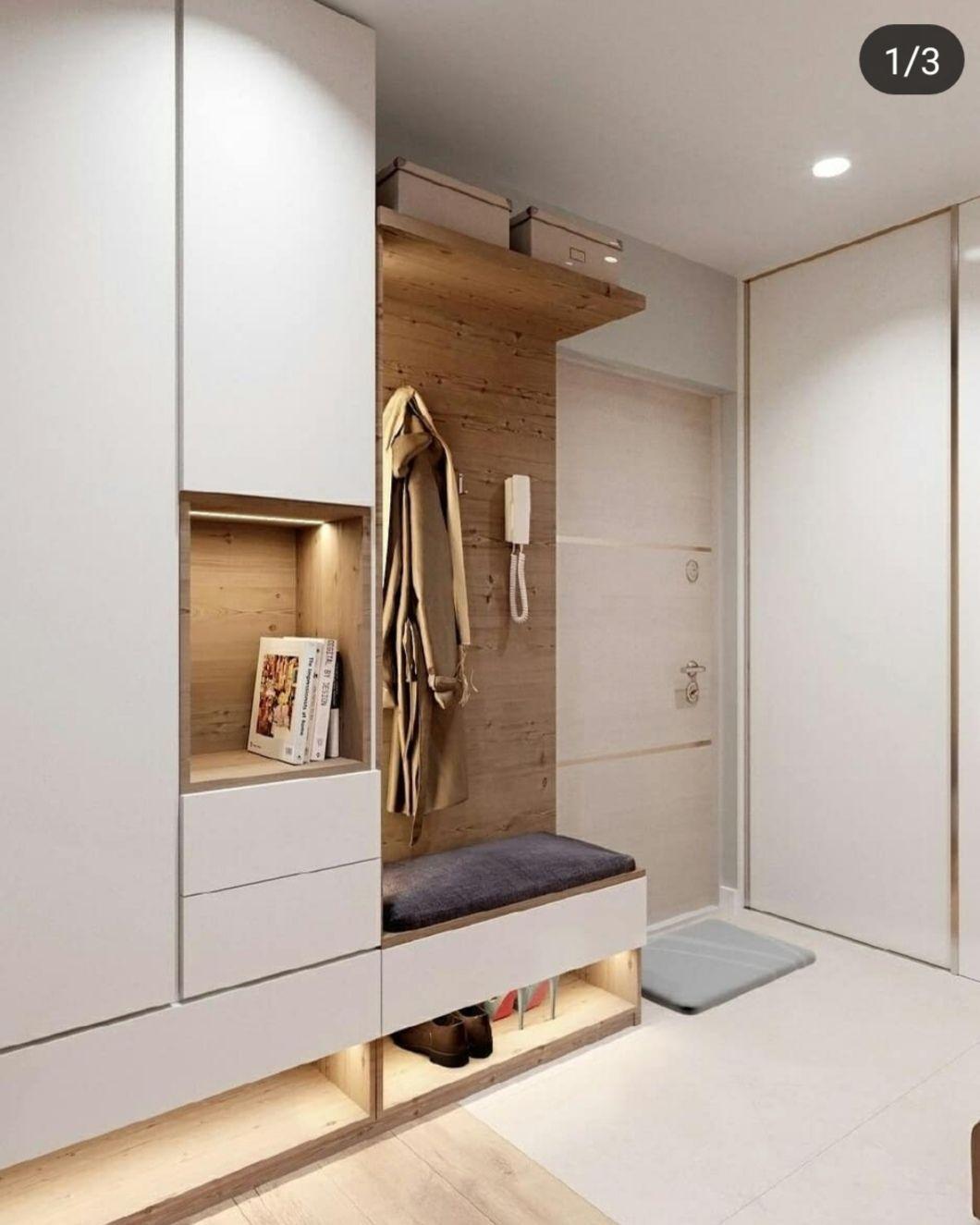 Pin By Hana Brunclikova On Interiors In 2020 Mudroom Entryway Entry Way Design Home Entrance Decor
