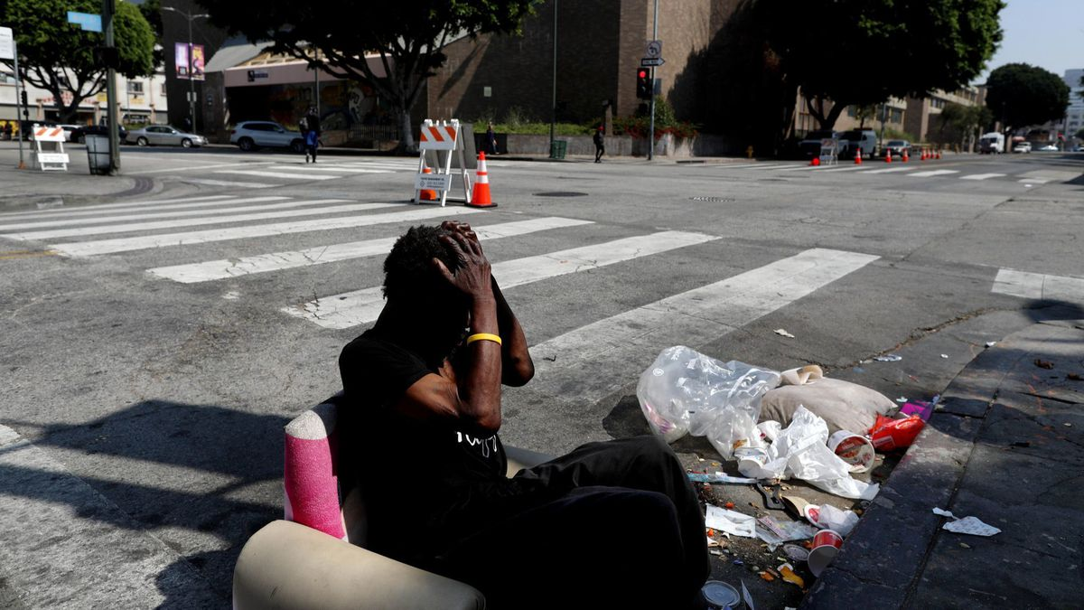 Column Homelessness In L A Is A Catastrophe In Motion And Our Leaders Are Largely To Blame Homeless Cool Things To Make Blame