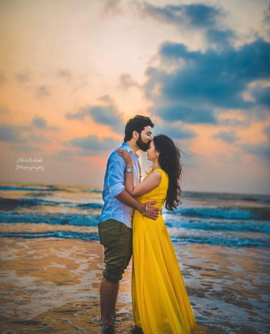 Swooning Over This Beach Side Pre Wedding Shoot Indianwedding
