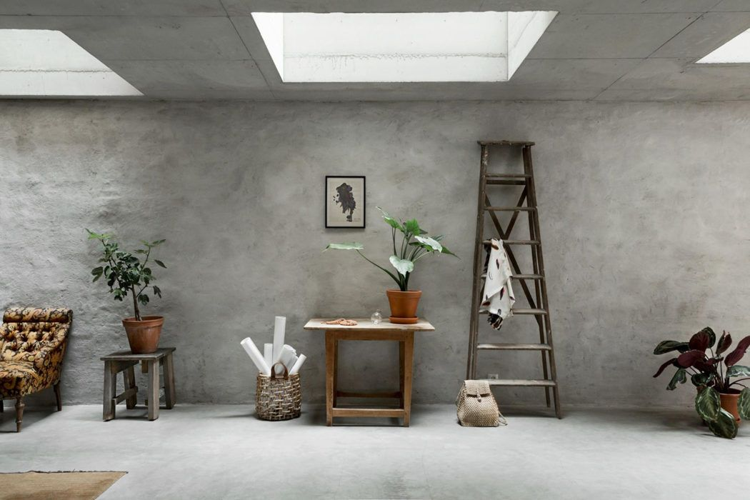 Live Like You Re In A Concept Store In This Concrete Stockholm Apartment Concrete Interiors Concrete Walls Interior Concrete Wall Interior Design