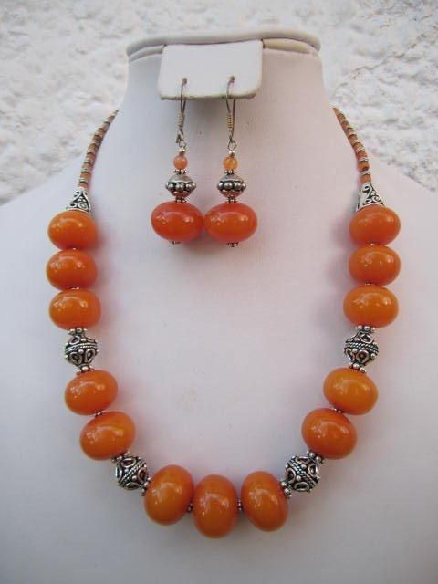 """LOVELY NATURAL RED JADE ROUND BEADS PENDANTS /& TIBET SILVER NECKLACE 18/"""""""