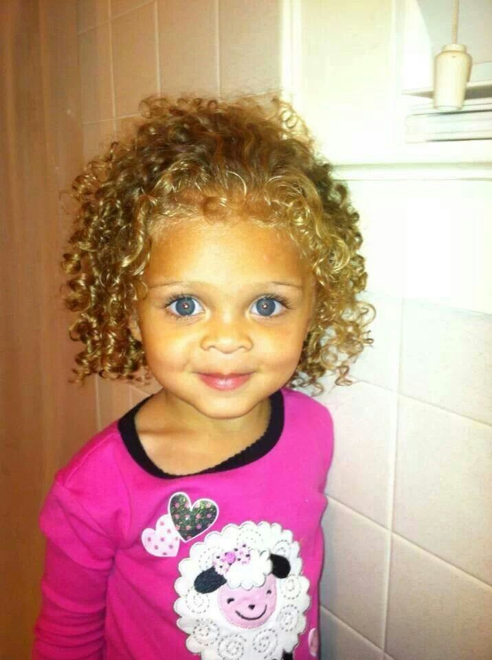 Curly Blue Eyed Baby Girl Curls Girl Blue Smile Baby Girl