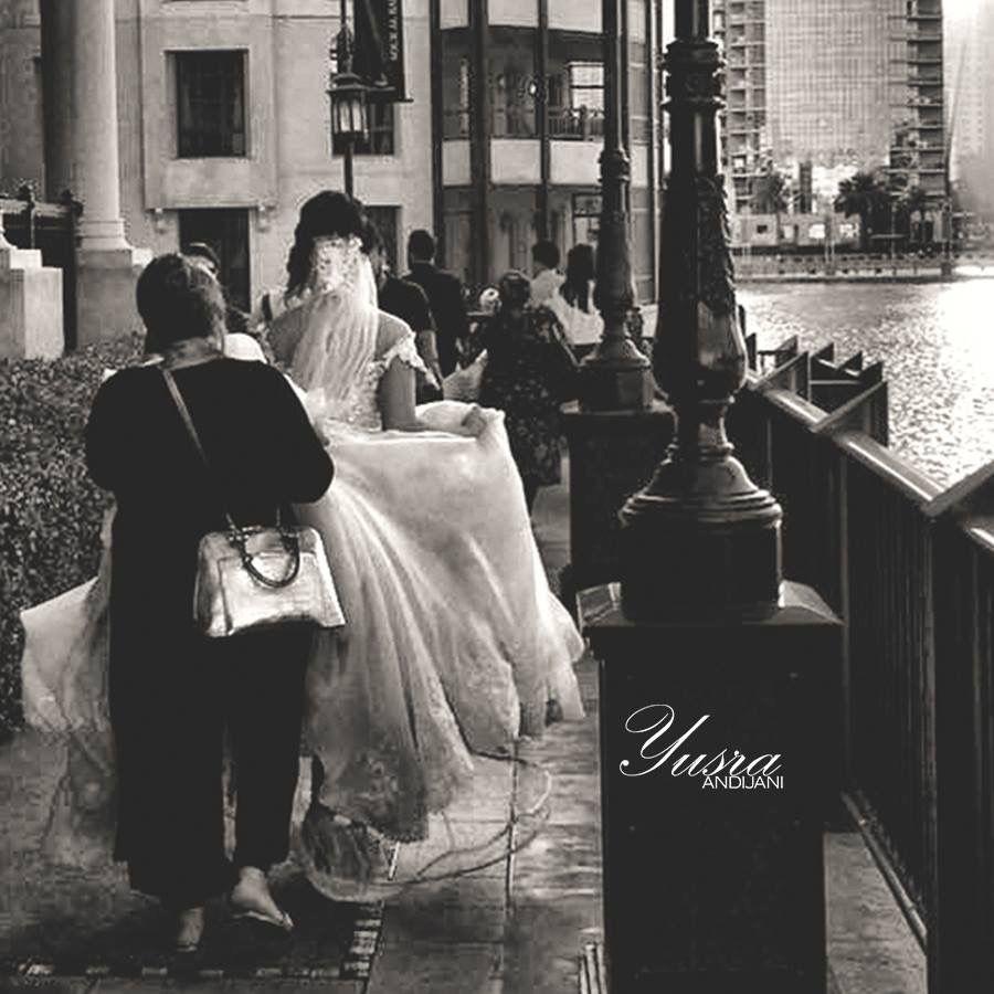 وتشابه الحب مع الحرب في شيء واحد كلاهما يحتاجان رجالا يسرا انديجاني مصوره خبيره تجميل عروسه زفه ت Wedding Photography Best Photographers Photography