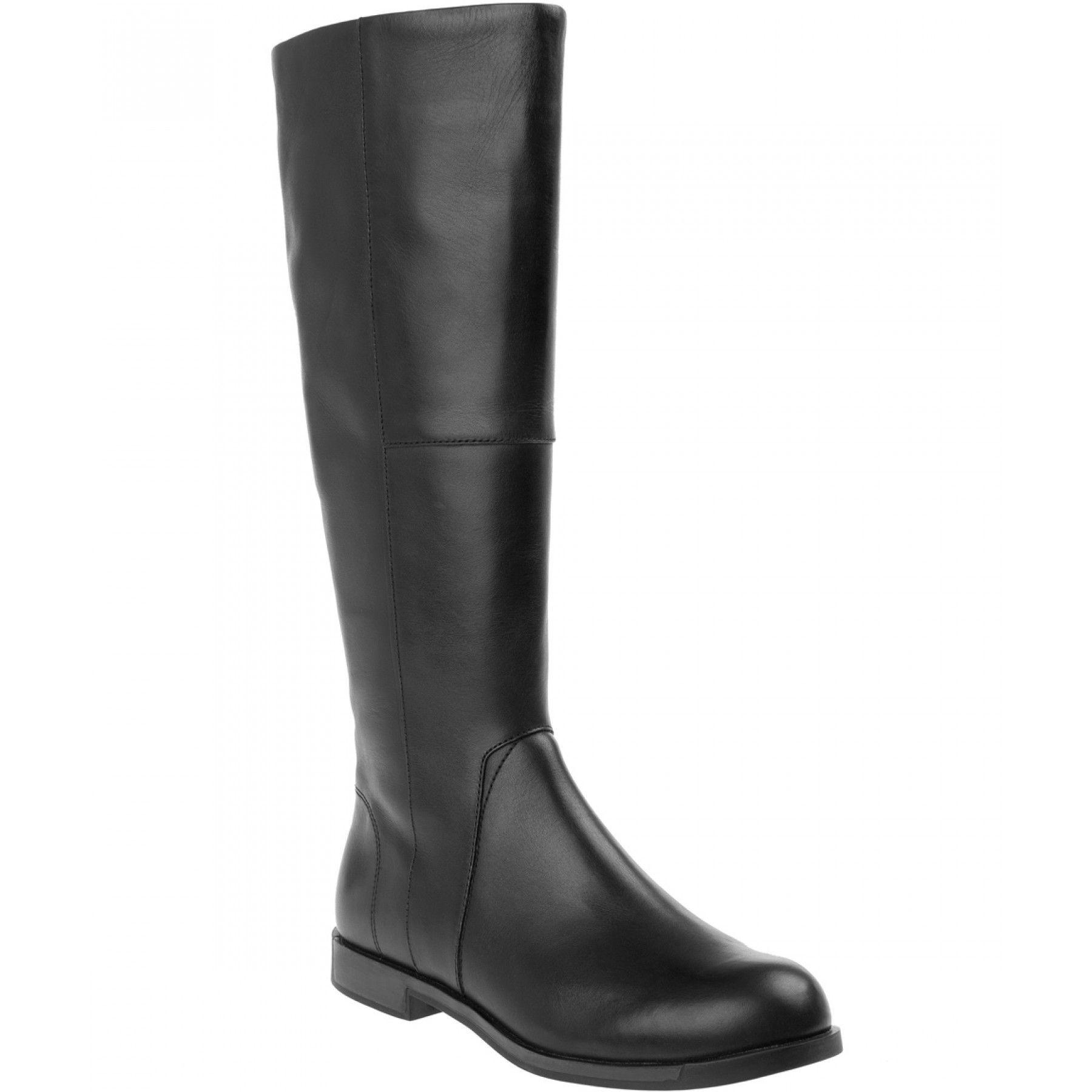 Bota de piel negra, caña alta y de  pisa  de Camper  K400156 001 7d0125