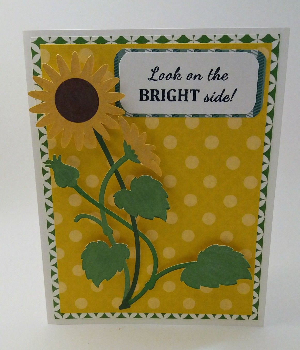 Bright and cheerful card using a beautiful cricut