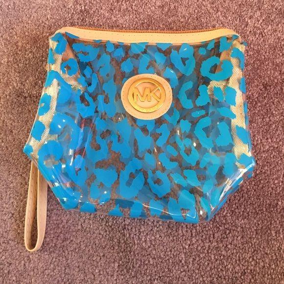 Michael Kors Cosmetic Bag NEW! Michael Kors Bags Cosmetic Bags & Cases