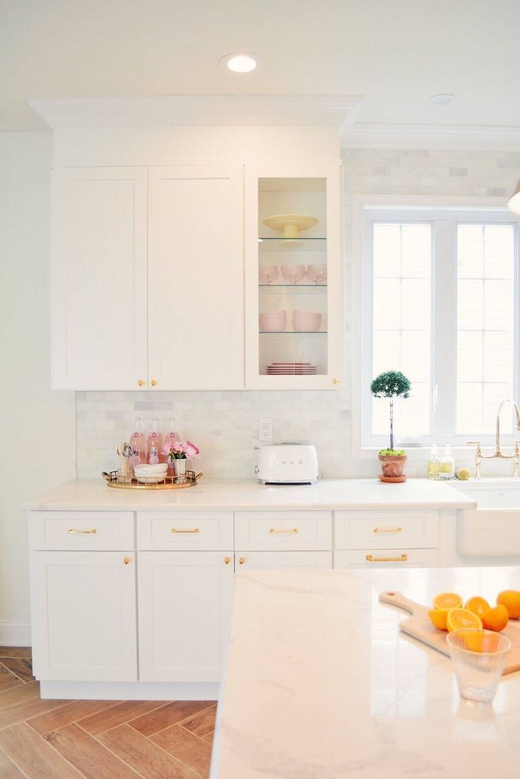 Kitchen Remodel Tips: How to Create a Beautiful and Functional Kitchen Today I wanted to share some of the things I learned during my kitchen renovation process. This was my first renovation, I designed the whole kitchen myself - 4 Tips to Elevate Your Kitchen Renovation Design and Some Mistakes to Avoid... - The Pink Dream #art #modern #design #dekorasirumah #lessismore #kursi #decoration #house #homestyle #nordic #art #photooftheday #instadeco #mebeljepara #bhfyp #renovations process Kitchen R