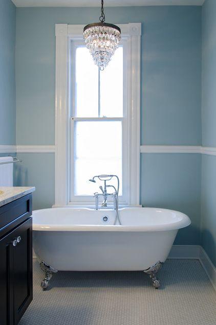1900 farmhouse bathroom | 1900 farmhouse ideas | for the home