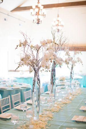 Brides of adelaide magazine wedding centrepieces flowers vase brides of adelaide magazine wedding centrepieces flowers vase junglespirit Image collections