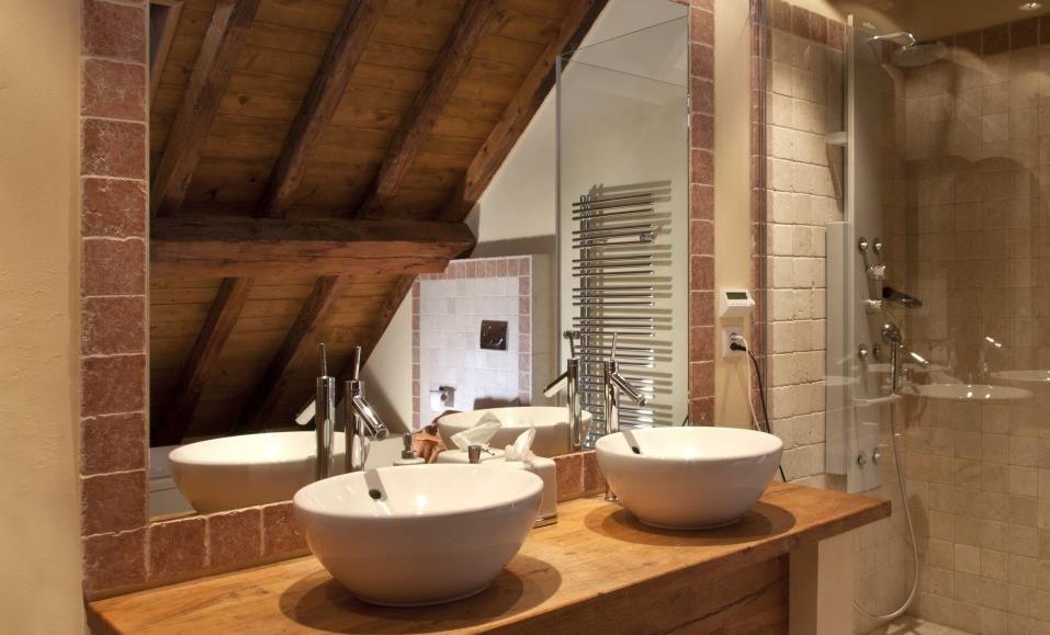salle de bain moderne Image Salle de bain moderne et atypique