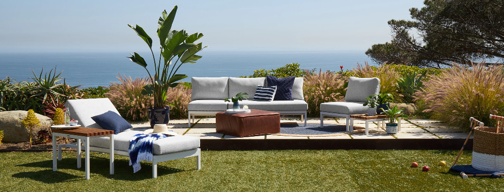 Scout Outdoor Convertible Sofa Lounge In 2020 Lounge Sofa
