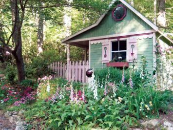 Inspiring garden sheds from Mother Earth News