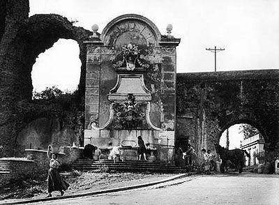 © William Klein: The aqueduct in via del Mandrione and in via di Porta Furba, 1957. Silver gelatin print