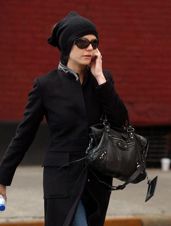 28c847e1a2e6 gwyneth paltrow handbag images | The Many Bags of Gwyneth Paltrow -  PurseBlog