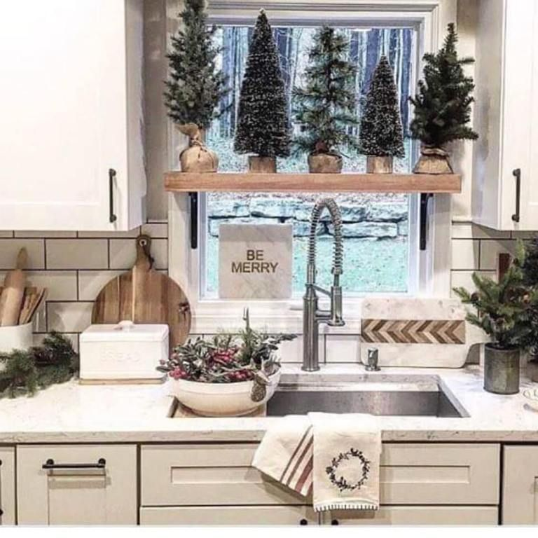 46 best christmas kitchen decorating ideas kitchen diy makeover diy kitchen decor on kitchen xmas decor id=12229