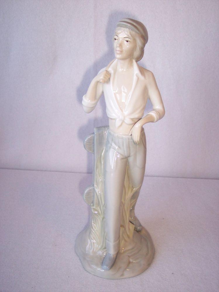 Porcelanas Miquel Requena S.A. Cuart De Poblet Valencia Figurine ...