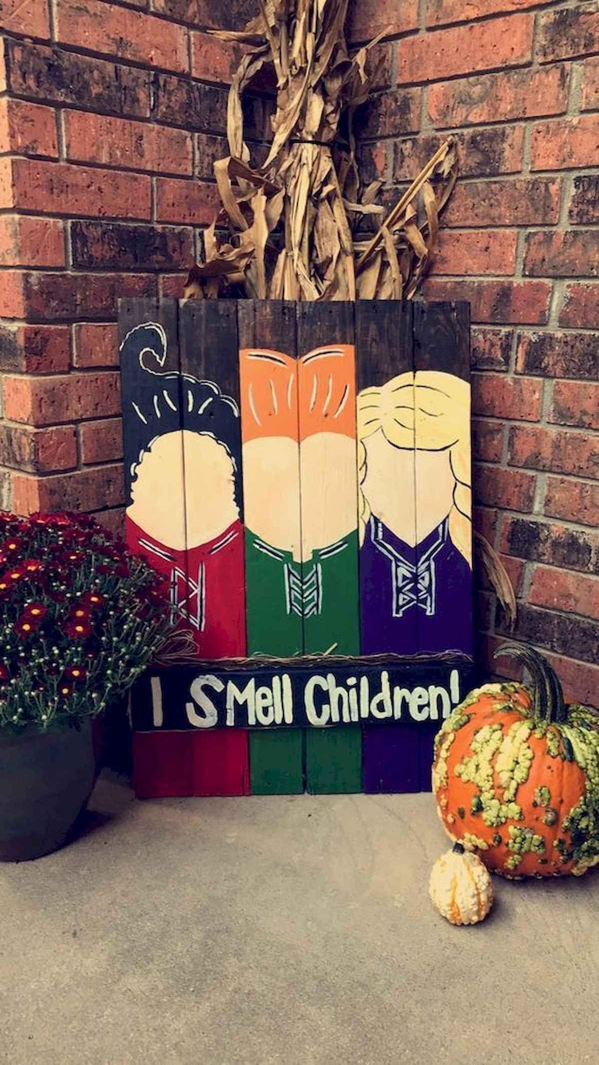 90 Awesome DIY Halloween Decorations Ideas #diyfalldecor
