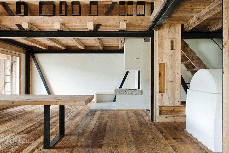 Metal and wood design
