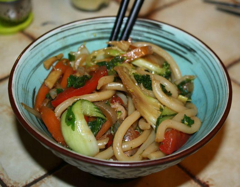 légumes sautés aux nouilles udon - Mimi Végétale ...