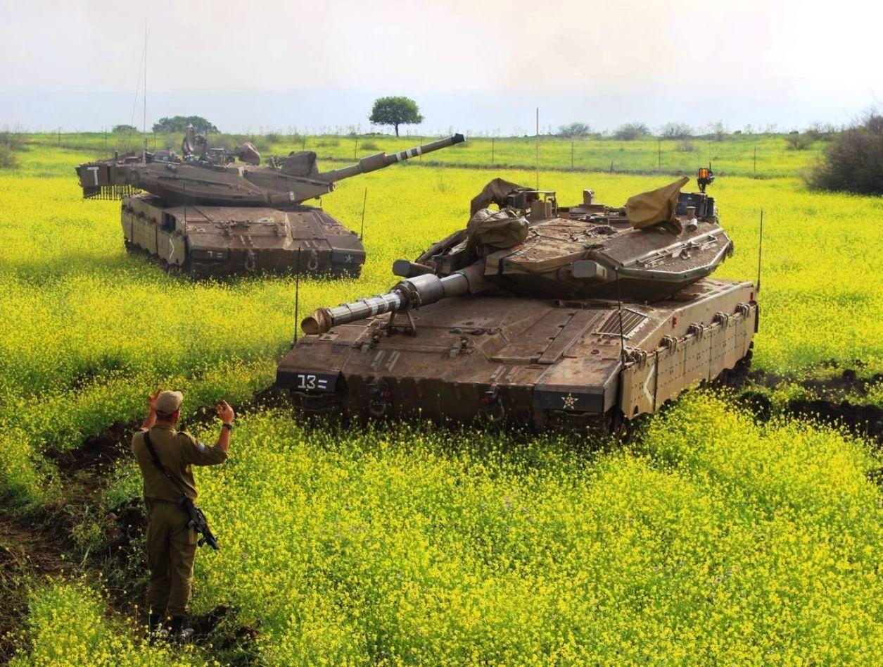 the merkava main battle tanks of the israel defense forces. Black Bedroom Furniture Sets. Home Design Ideas