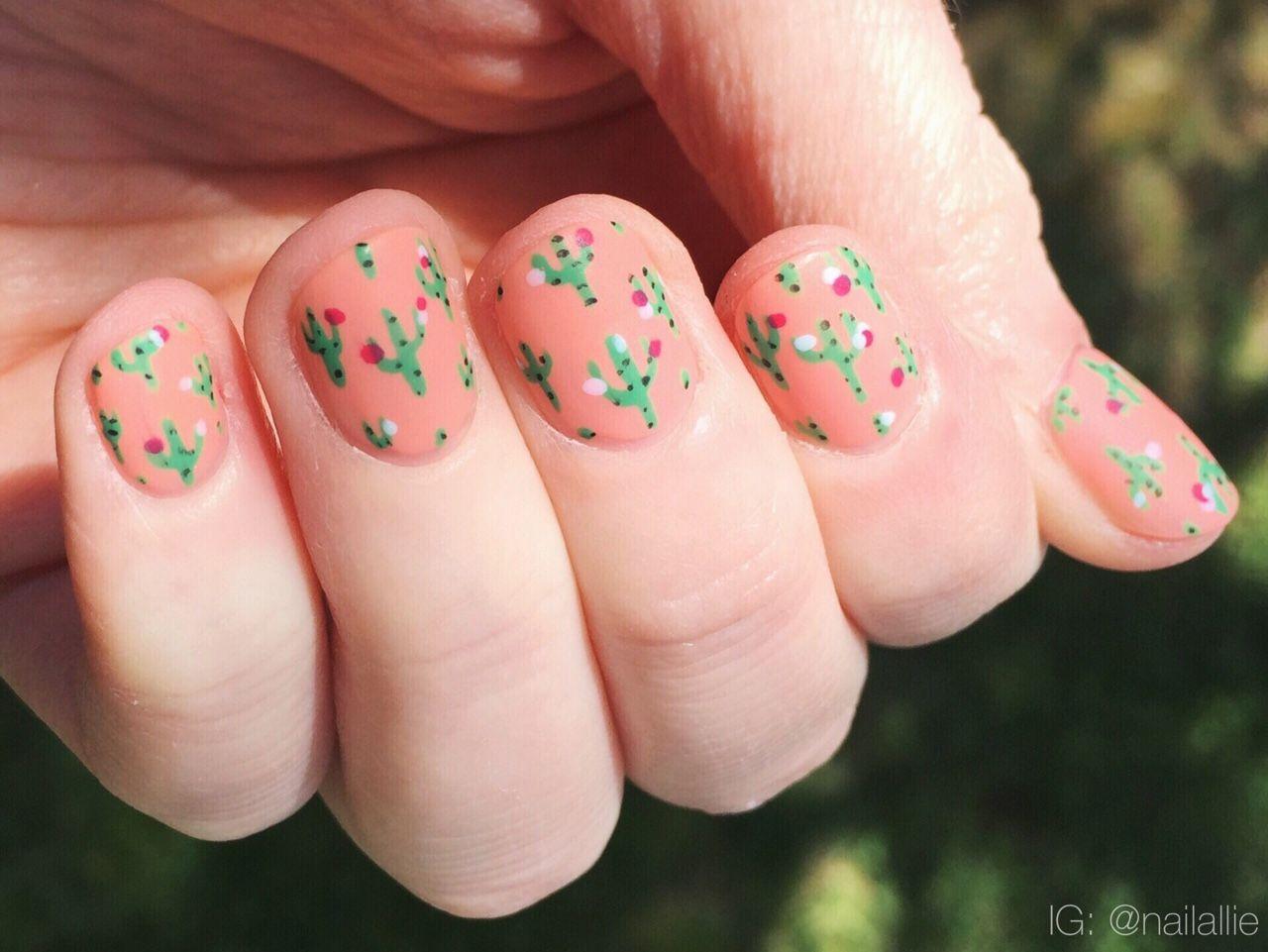 nailallie: Cactus nails!   animal~character~story nails   Pinterest