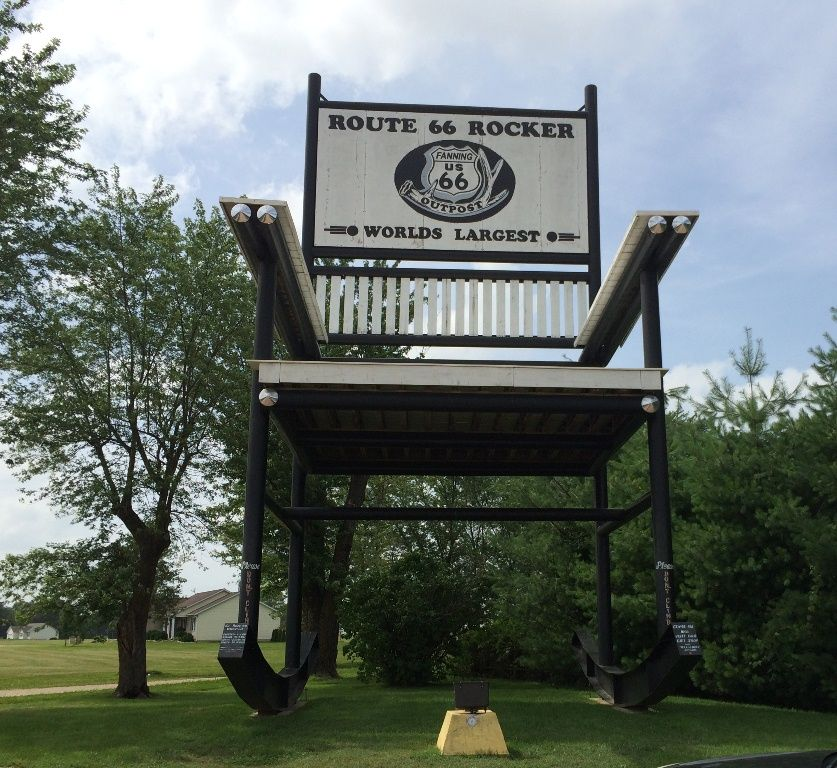 Admirable Worlds Largest Rocking Chair Outside Of Cuba Missouri On Alphanode Cool Chair Designs And Ideas Alphanodeonline