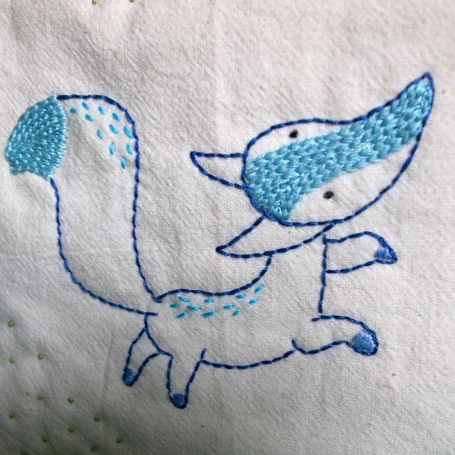 fox detail | Bordado, Diseño textil y Mimos