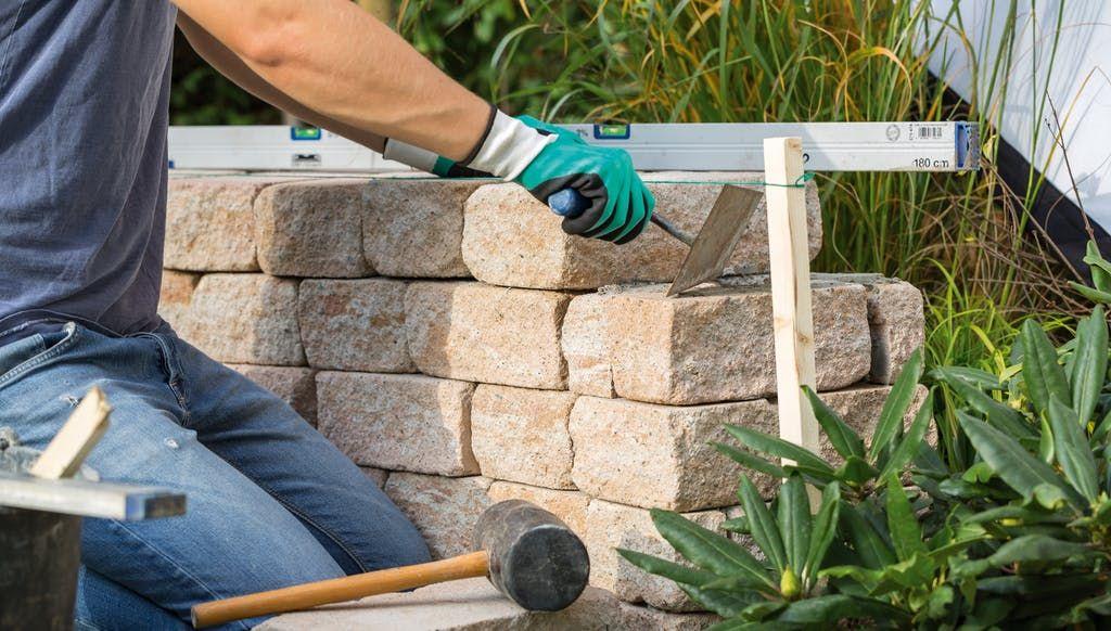 Geklebte Mauer Selber Bauen Schritt Fur Schritt Mauer Bauen Trockenmauer Mauerabdeckung