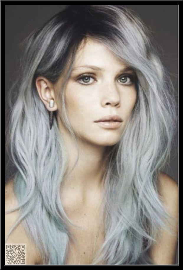 cheveux gris femme jeune