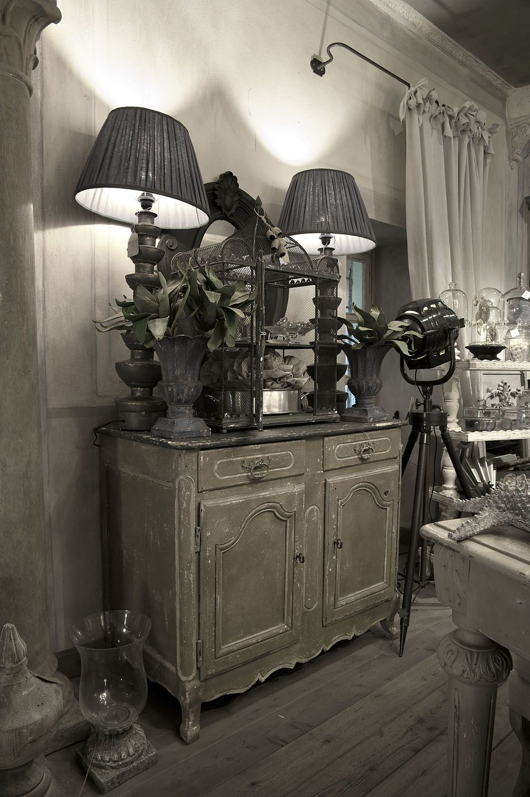 Grey french country bedroom credenza provenzale antica  interieurs  pinterest  credenza