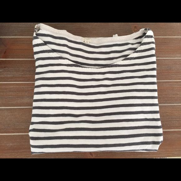 J Crew Striped Top Grey & White Striped Top from J Crew. Lightly worn, size medium. J. Crew Tops Tees - Long Sleeve