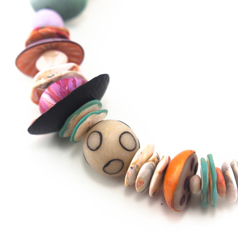 ronna sarvas weltman bellevue arts museum store big bead