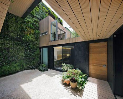 Marvelous Three Story Interior Green Wall Breathes Life Into Home | Designs U0026 Ideas  On Dornob