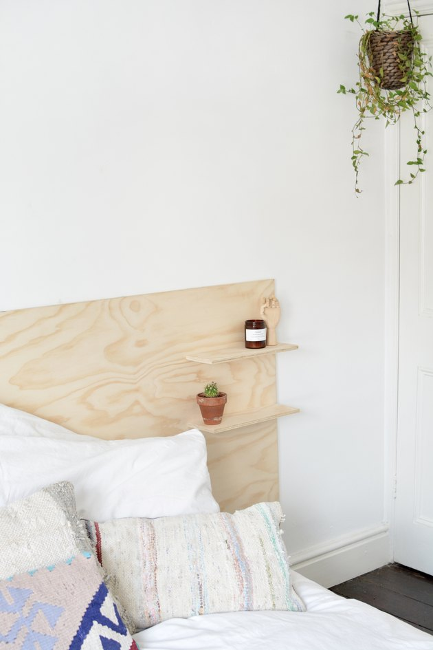 Easy To Make Modern Plywood Headboard With Built In Shelves In 2020 Headboard Designs Plywood Headboard Diy Headboard Wooden