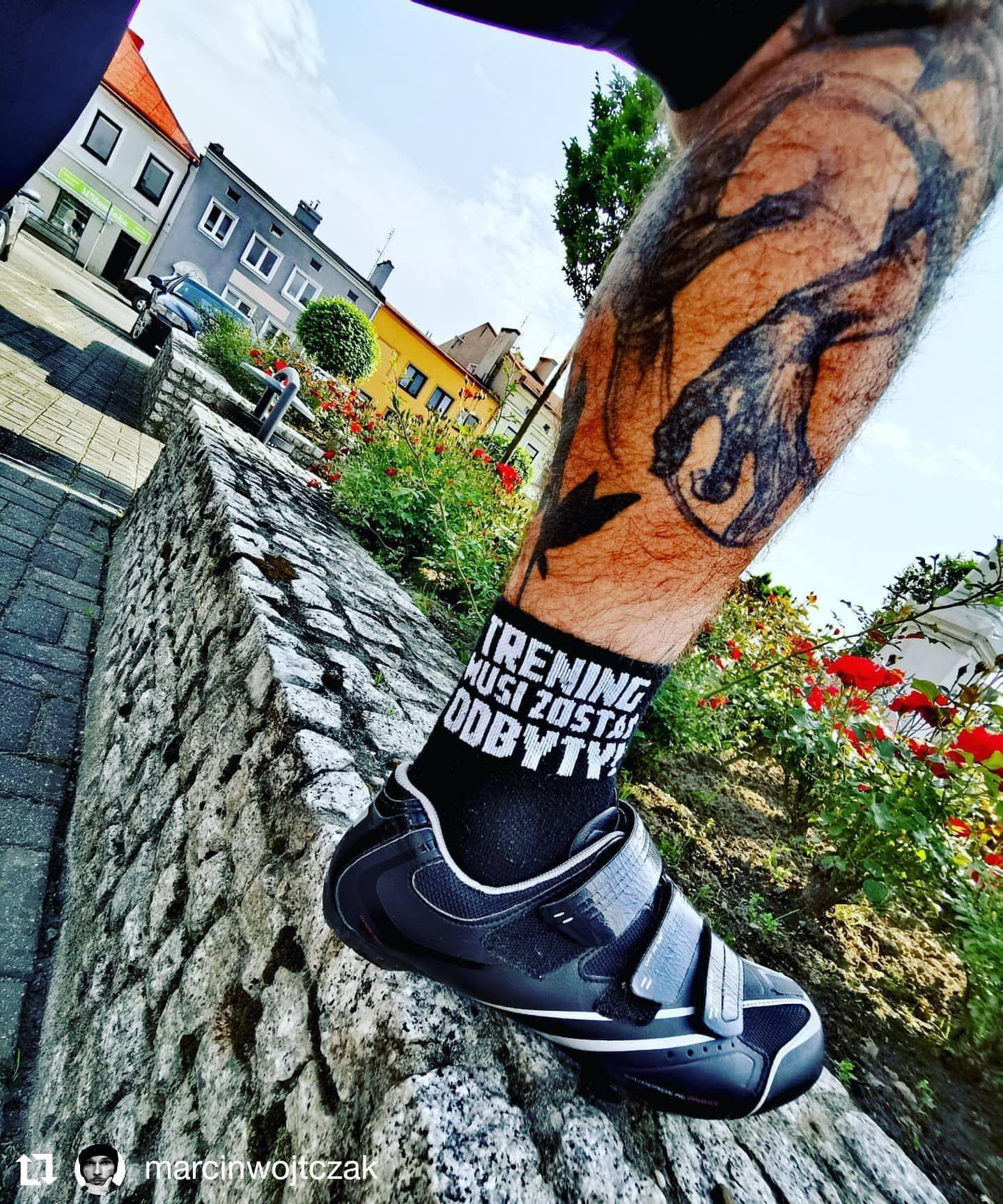 Taka Sytyacja W Piatek Wieczorem Www Tmzo Pl Treningmusizostacodbyty Trening Tmzo Nowosc Wiosna Skarpetkisportowe Sneakers Vibram Sneaker Vibram