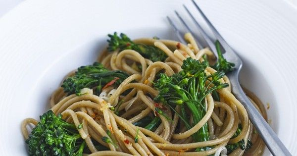 Healthy vegetarian pasta for two. Using wholewheat pasta adds fibre. Broccoli, chilli and lemon make the easiest homemade pasta sauce for a quick dinner.