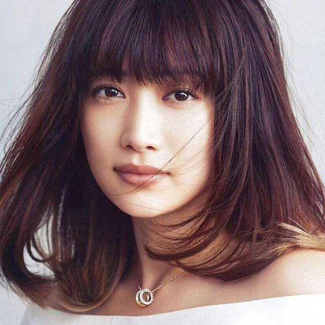 人気モデル ヨンアになりたい モデル ヨンアに学ぶ幸せの秘訣とは Femit Magazine オトナ女子に贈る美容情報 髪の長さ モデル 髪型