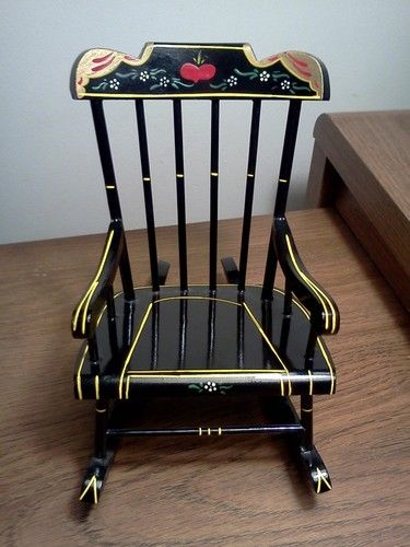 Furniture Styles · VINTAGE PENNSYLVANIA DUTCH ...