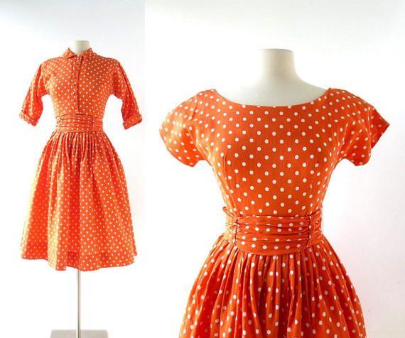 Size Small Polka Dot 60s Set\\\\ Matching Set\\\\ Skirt top Set  1960s set \\ polka dot cropped top \\ polka dot skirt  1960/'s dress  Size Xs