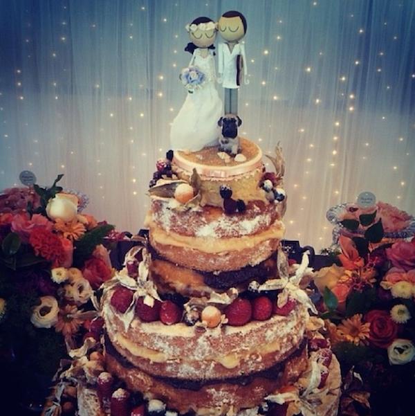 Bolo de Casamento Casal Garcia com decor Viviane Gratz Foto do instagram da decoradora Viviane Gratz
